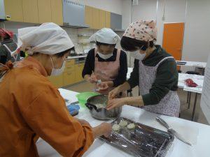 甲賀の野菜を使った伝承料理教室を初開催